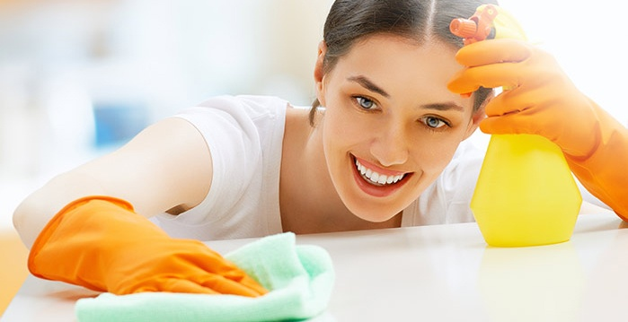 woman-cleaning--crop